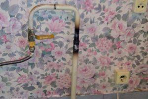 Обрезка газовой трубы на последнем этаже (сварка) 2